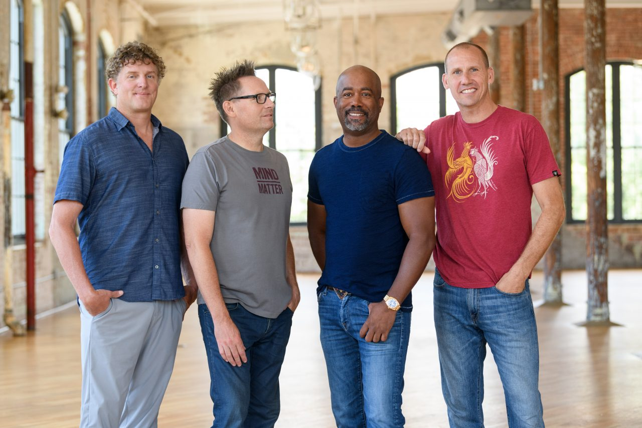 Hootie & the Blowfish, Abigail Hodges Team Up To Honor Military With 'Won't Be Home For Christmas'