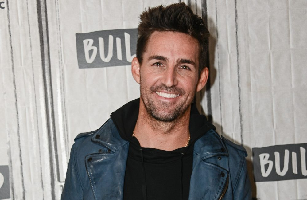 Jake Owen and Jimmy Buffett Team Up for 'Homemade' Charity Benefit