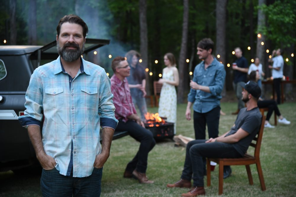 Grammy-Winning Christian Rocker Mac Powell Launches New Country Band