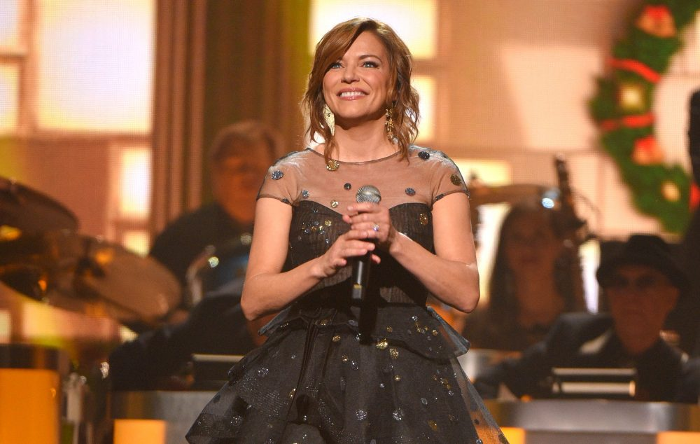 Martina McBride Announces Ninth Annual The Joy Of Christmas Tour