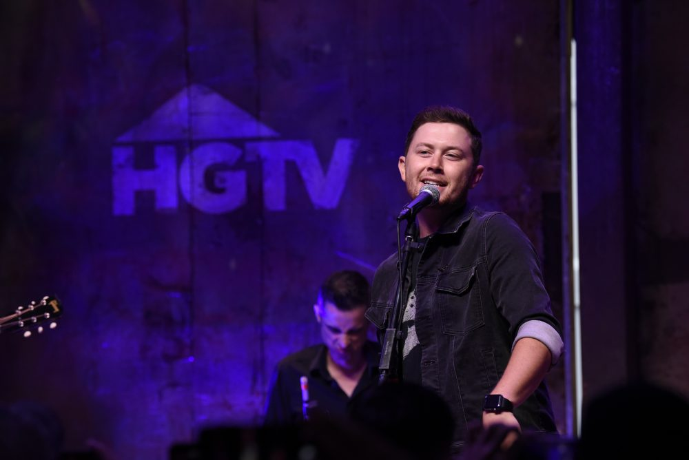 Scotty McCreery Plots First Headlining UK and Germany Shows