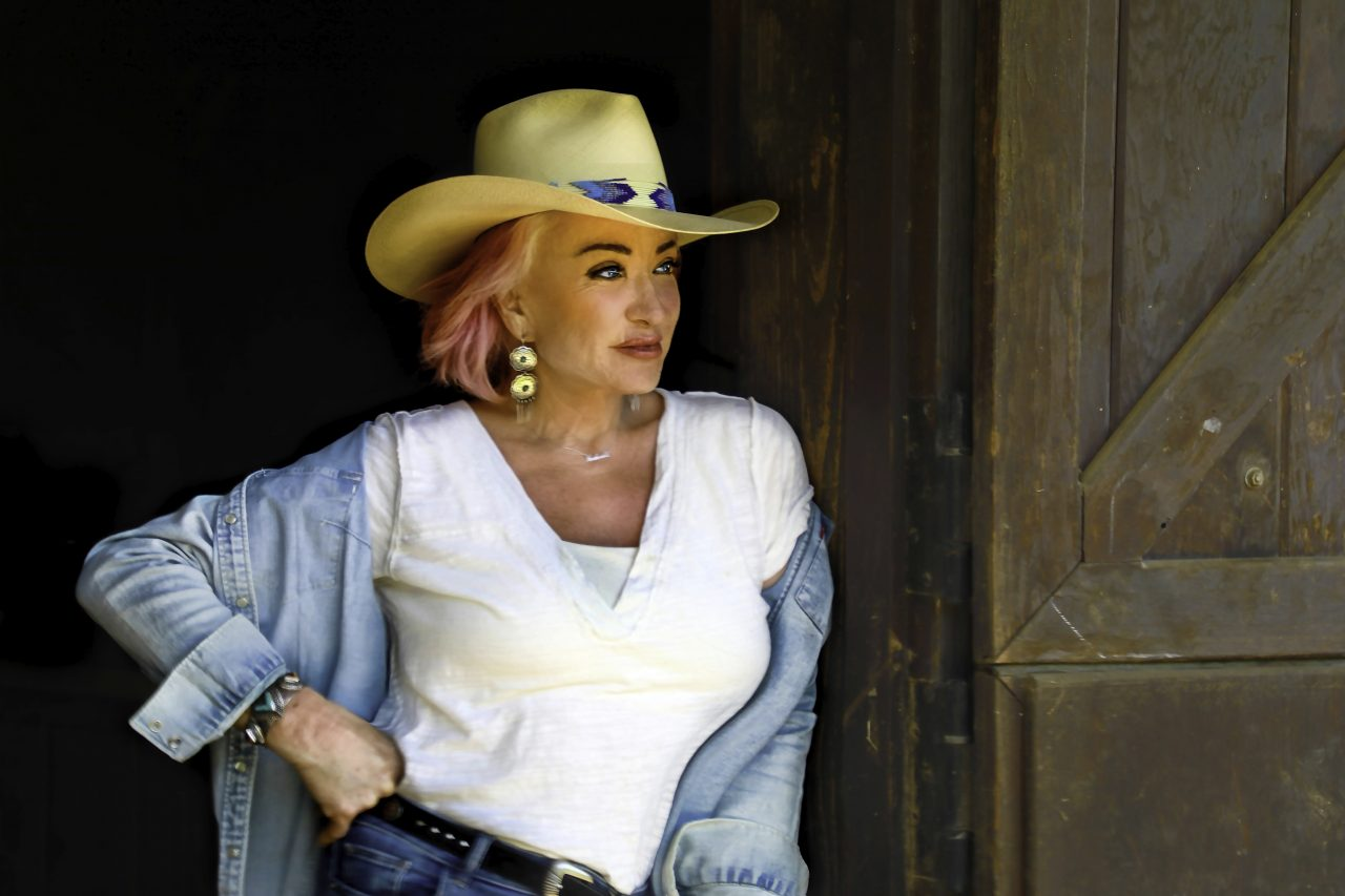 Album Review: Tanya Tucker's 'While I'm Livin'