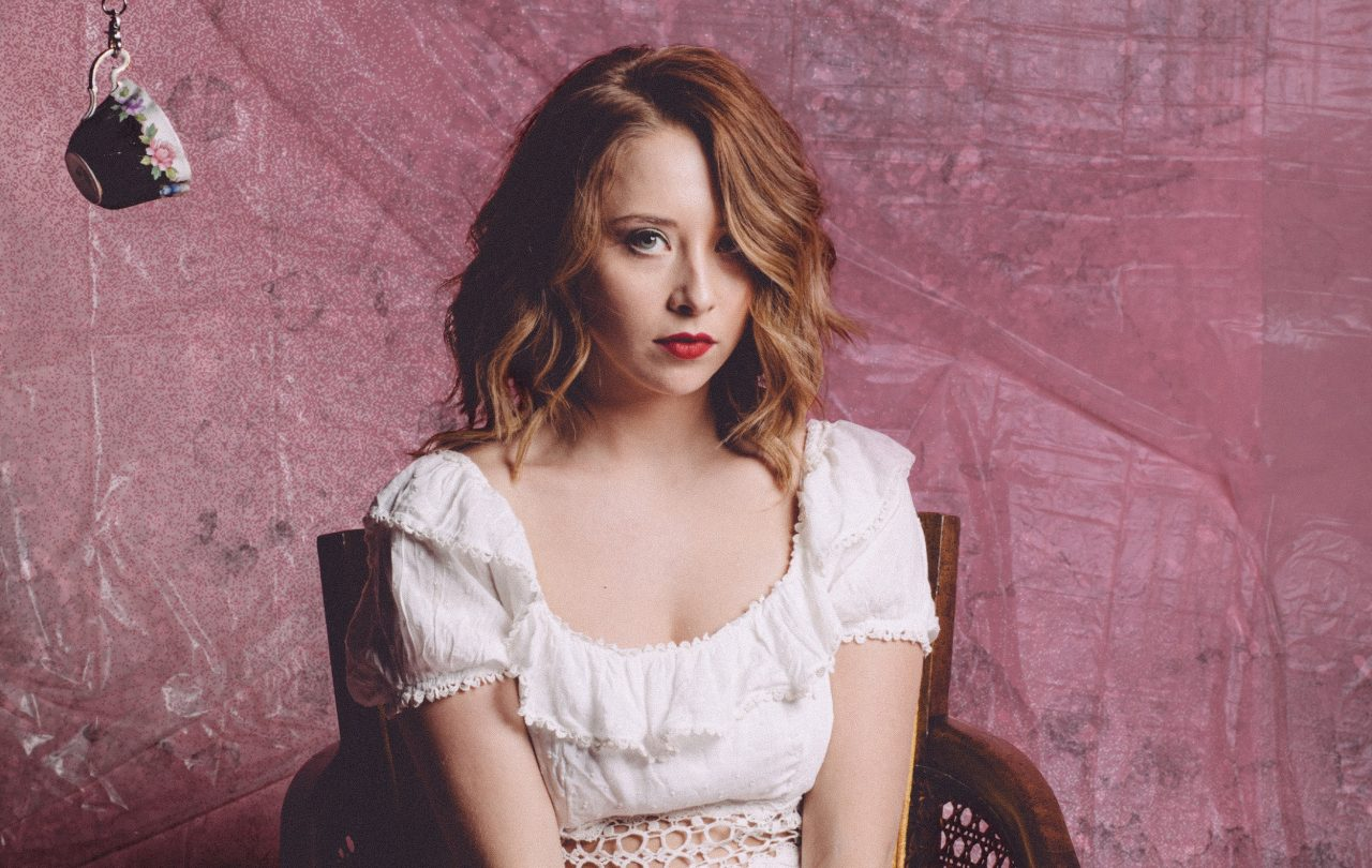 Kalie Shorr Cuts the B.S. on 'Too Much to Say' Acoustic Premiere