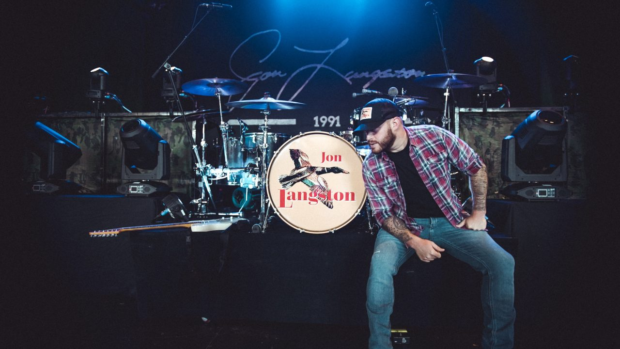 Get an Exclusive Behind-the-Scenes Look at Jon Langston on Tour