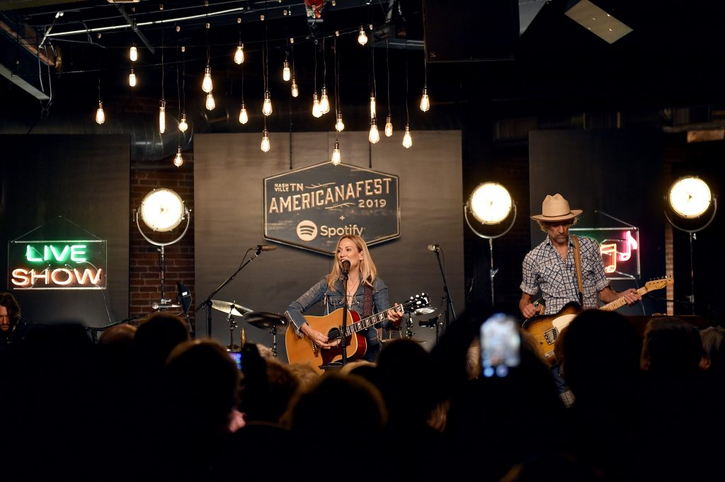 NASHVILLE, TENNESSEE - SEPTEMBER 10: Artist Sheryl Crow performs onstage during a special event hosted by Spotify and AmericanaFest at Cannery Ballroom on September 10, 2019 in Nashville, Tennessee. (Photo by John Shearer/Getty Images for Spotify)