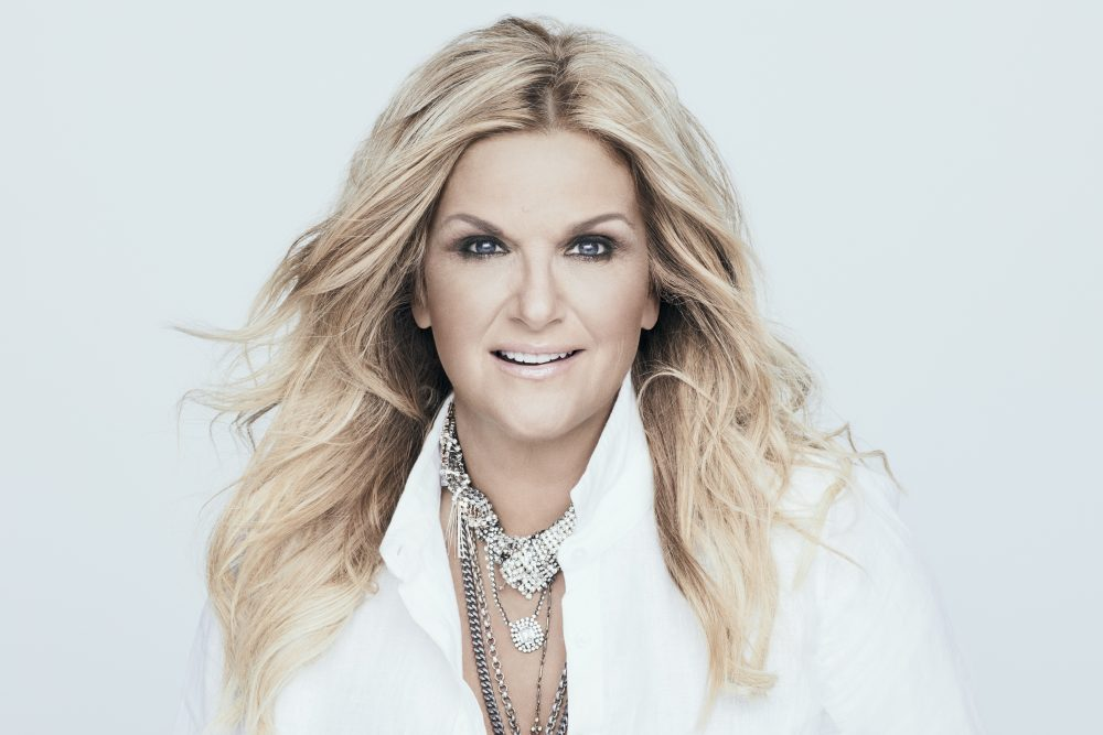 Trisha Yearwood to Host 10th Annual CMA Country Christmas