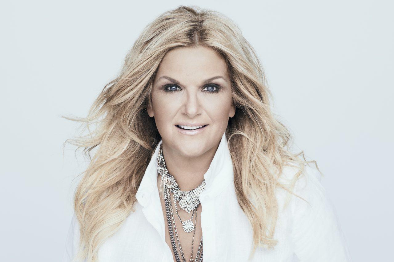Trisha Yearwood to Host 10th Annual CMA Country Christmas