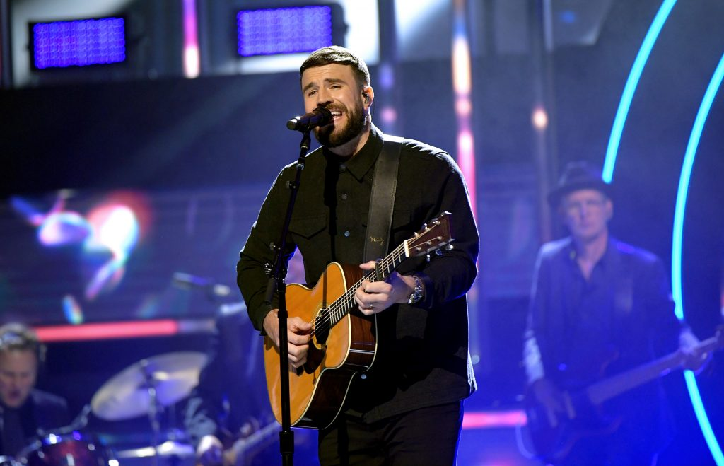 Sam Hunt performs onstage during the 2019 CMT Artist of the Year. (Photo by Jason Kempin/Getty Images for CMT/Viacom)