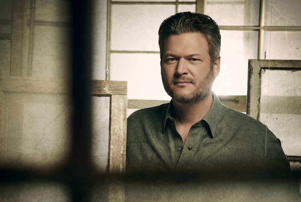 Blake Shelton Unloads Track List to 'Fully Loaded: God's Country'