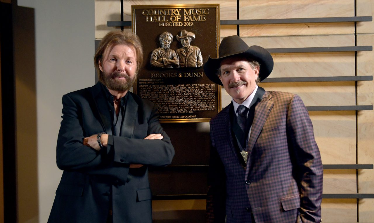 Brooks & Dunn Welcomed to Country Hall of Fame in All-Star Ceremony