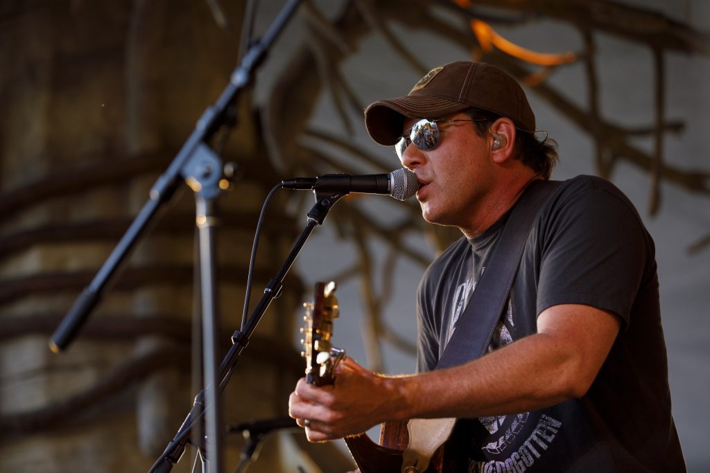 Rodney Atkins at the Island Hopper Songwriter Festival; Photo By Brian Tietz/Lee County CVB