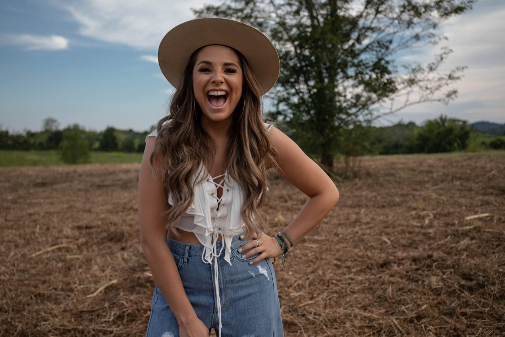 Kylie Frey Sings About Lost Love In 'One Night In Tulsa'