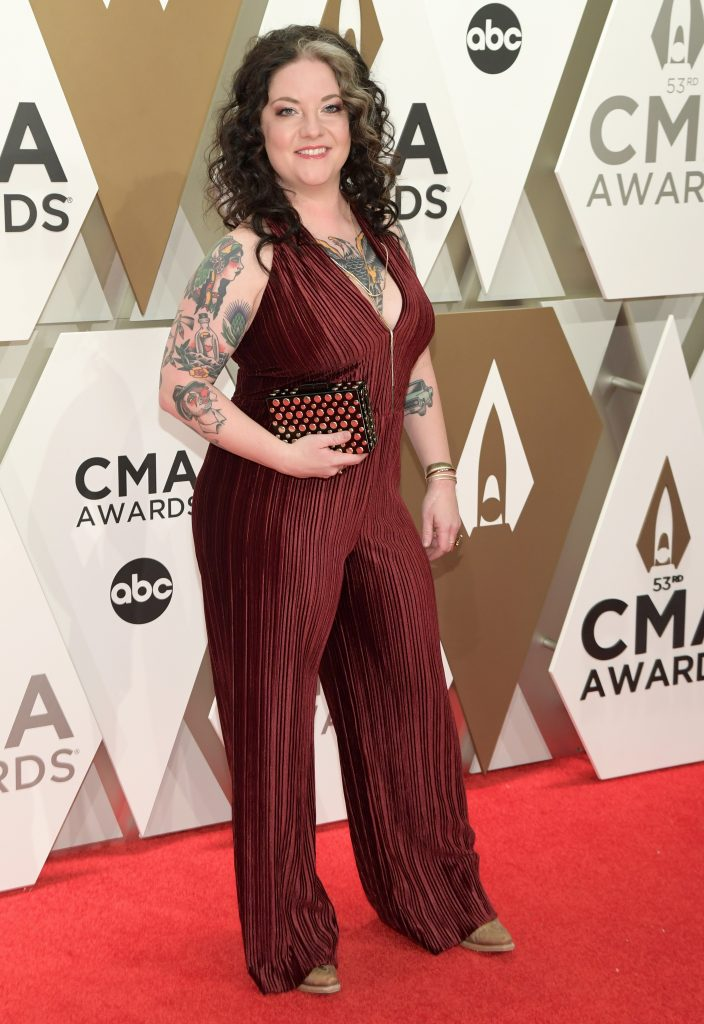 NASHVILLE, TENNESSEE - NOVEMBER 13: Ashley McBryde attends the 53rd annual CMA Awards at the Music City Center on November 13, 2019 in Nashville, Tennessee. (Photo by Jason Kempin/Getty Images)