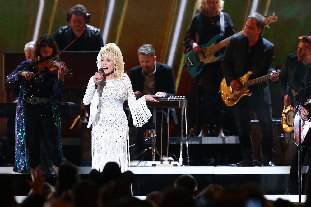 Dolly Parton Lifts Spirits With 'Faith,' Collaborations With For King & Country and Zach Williams at 2019 CMA Awards