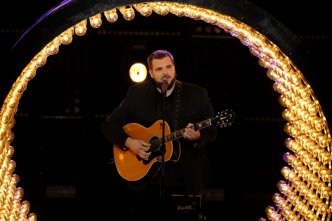 The Voice Recap: Jake Hoot Performs 'Every Light in the House' by Trace Adkins