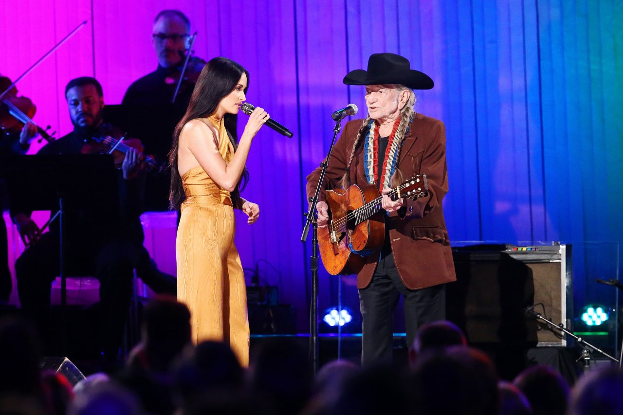 Watch Willie Nelson and Kacey Musgraves' Colorful CMA Duet