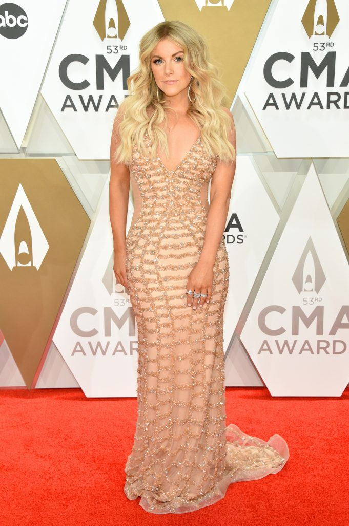 NASHVILLE, TENNESSEE - NOVEMBER 13: Lindsay Ell attends the 53rd annual CMA Awards at the Music City Center on November 13, 2019 in Nashville, Tennessee. (Photo by John Shearer/WireImage,)