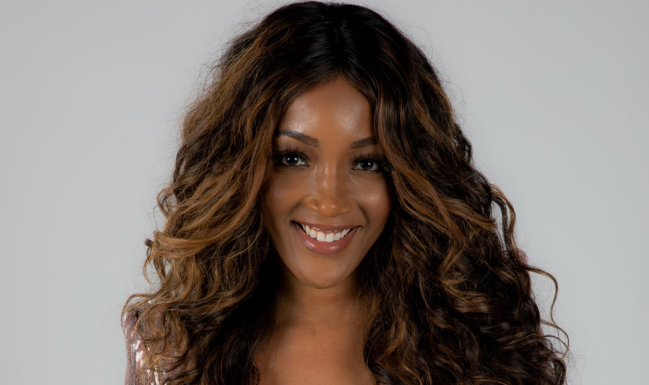 Mickey Guyton And Friends Compete In New Game Show, CMT's 'Nashville Squares'