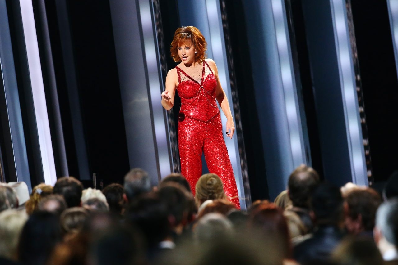 Reba McEntire Gets Fancied Up With 2019 CMA Awards Performance