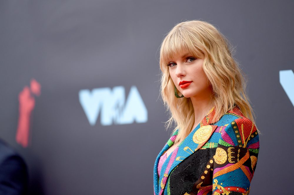 Taylor Swift Calls Out Former Record Label Again, Big Machine Hits Back