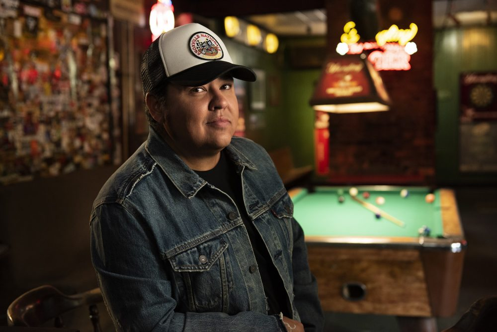 Tim Dugger Debuts Personal Video for 'You're Gonna Love Me'