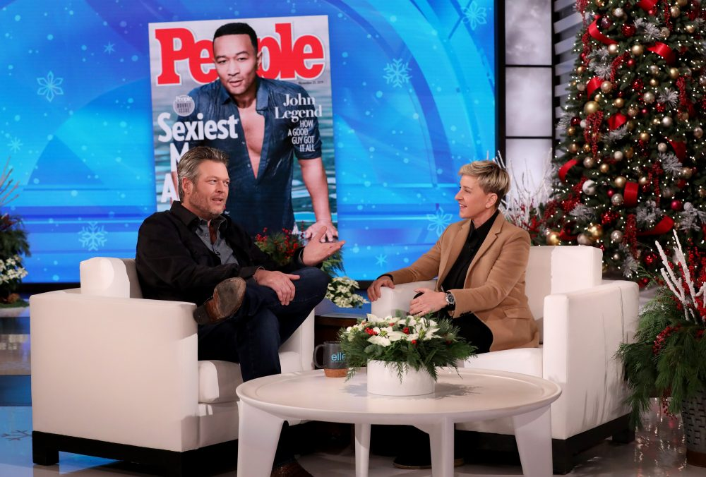 Watch Blake Shelton Defend His 'Sexiest' Title on 'Ellen'