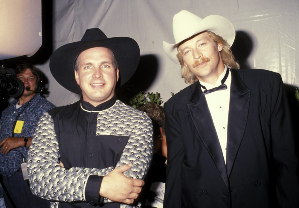 The Class of '89 Rewind: Garth Brooks, Alan Jackson, Clint Black, Mary Chapin Carpenter and Travis Tritt Make Chart Debuts