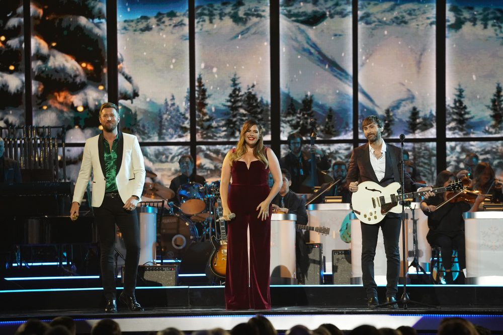Lady Antebellum Looks Forward To Spending Christmas With Their Children