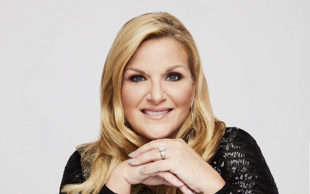 Trisha Yearwood Posts 'Real' Selfie After Photoshoot Picture