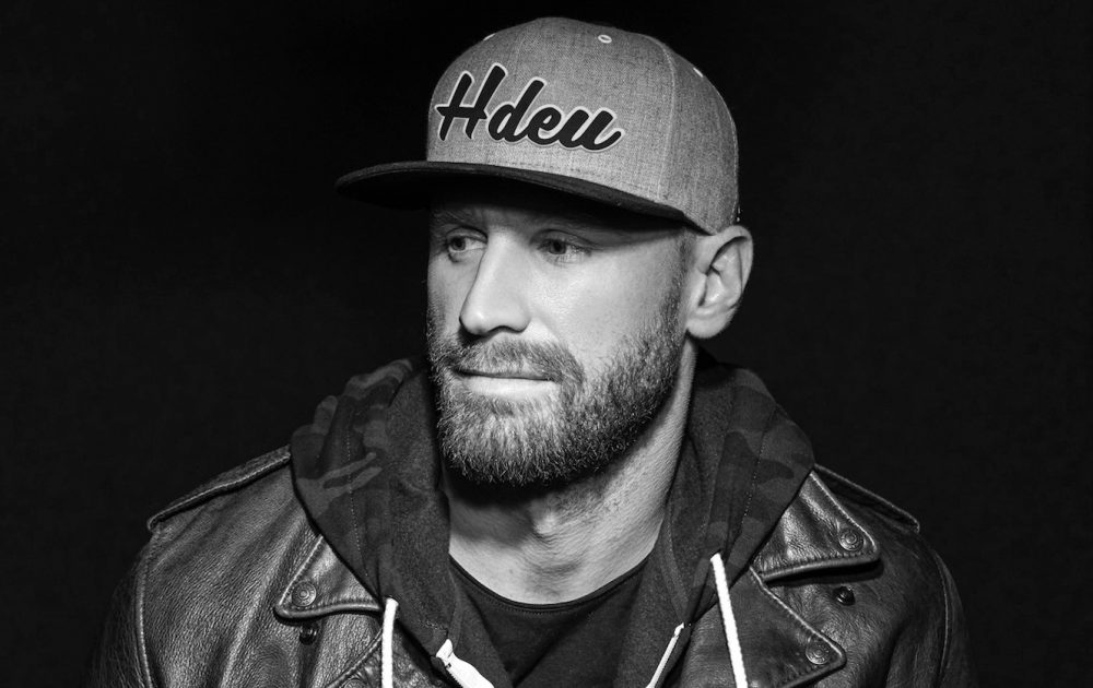 Quarantine Q&A: Keep Busy with Chase Rice's Stay-At-Home Activities