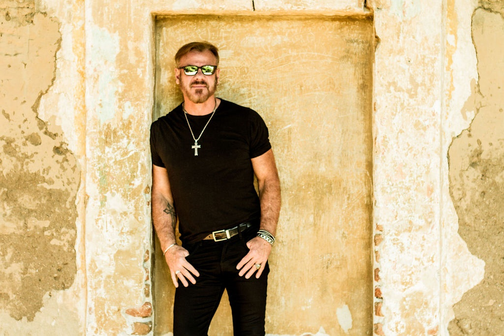 Phil Vassar Gets 'Stripped Down' on New Album and Tour