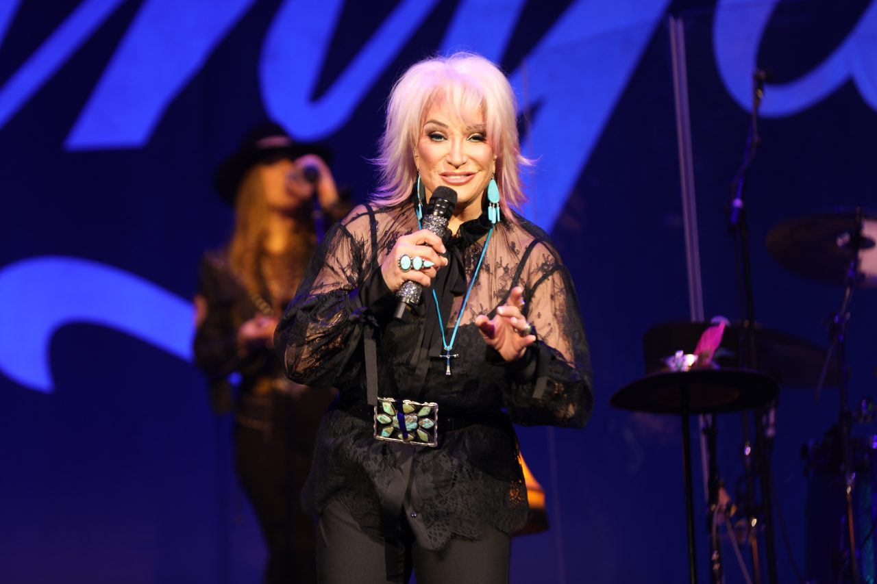 Tanya Tucker Wows Crowd at Sold Out Ryman Show