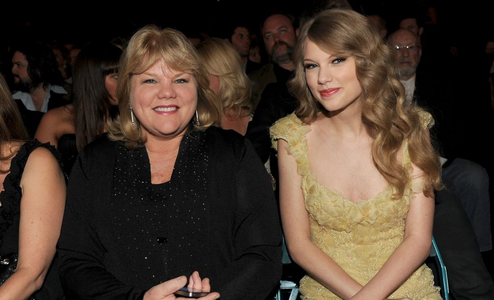 Taylor Swift's Mom Andrea Has Been Diagnosed With Brain Tumor