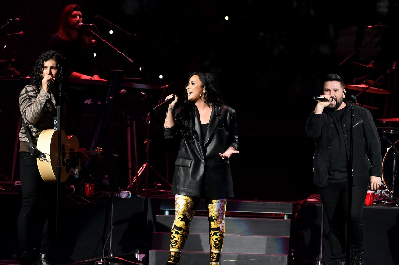 Watch Demi Lovato Belt 'Speechless' With Dan + Shay at the Super Bowl
