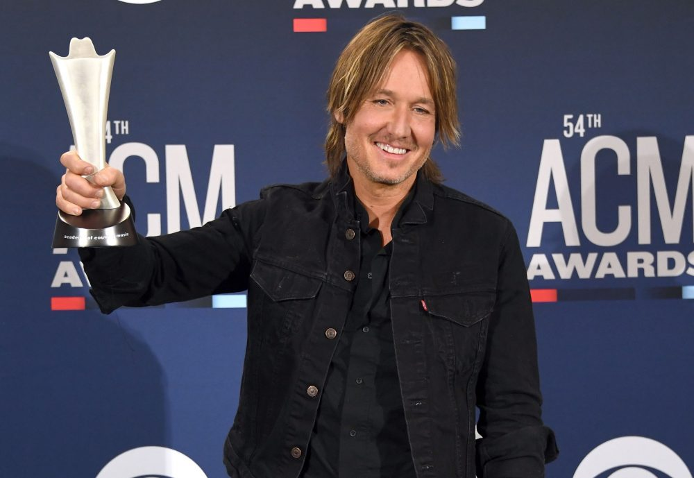 Reigning Entertainer of the Year Keith Urban To Host 55th ACM Awards
