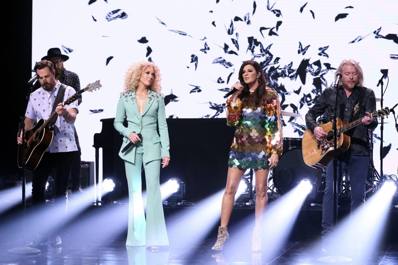 Little Big Town's Karen Fairchild Helped Style the Band During 'Nightfall' Release Week