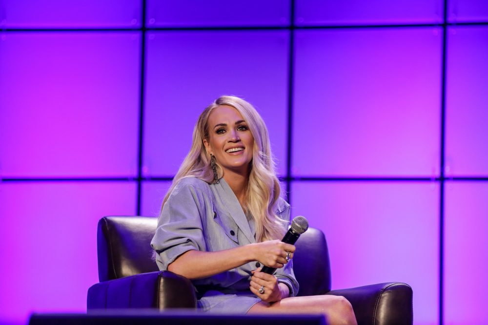 Spooky! Carrie Underwood Goes Ghost Hunting On TikTok