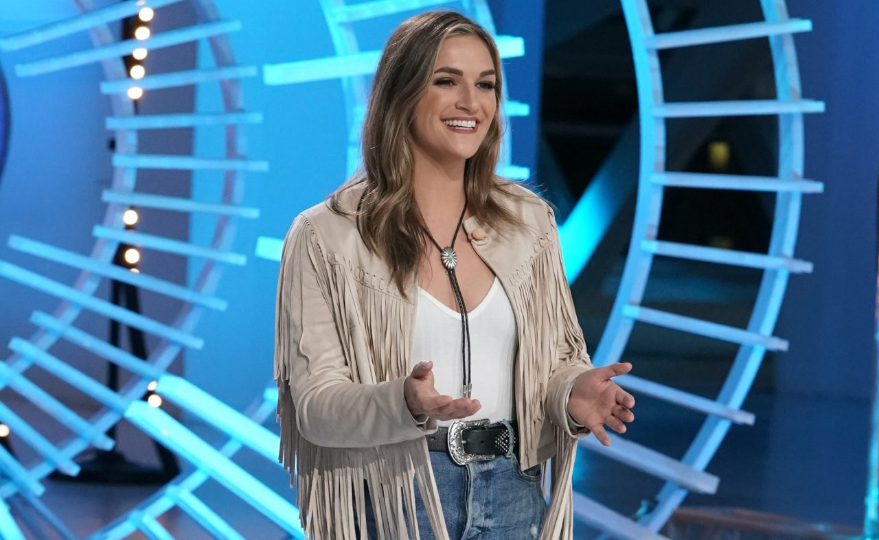 American Idol Recap: Grace Leer Perfoms 'Crowded Table' by The Highwomen