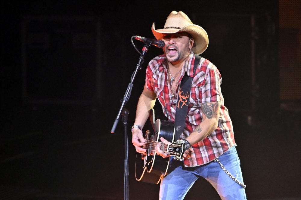 Jason Aldean Shows His Softer Side in 'Got What I Got'