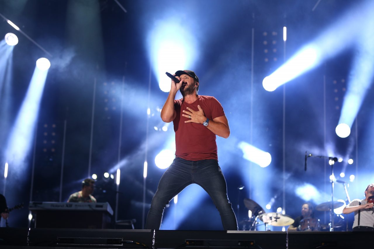 Luke Bryan Notches 25th Number One With 'One Margarita'