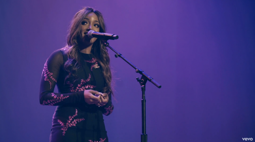 Mickey Guyton Shares Empowering Performance of 'What Are You Gonna Tell Her?'