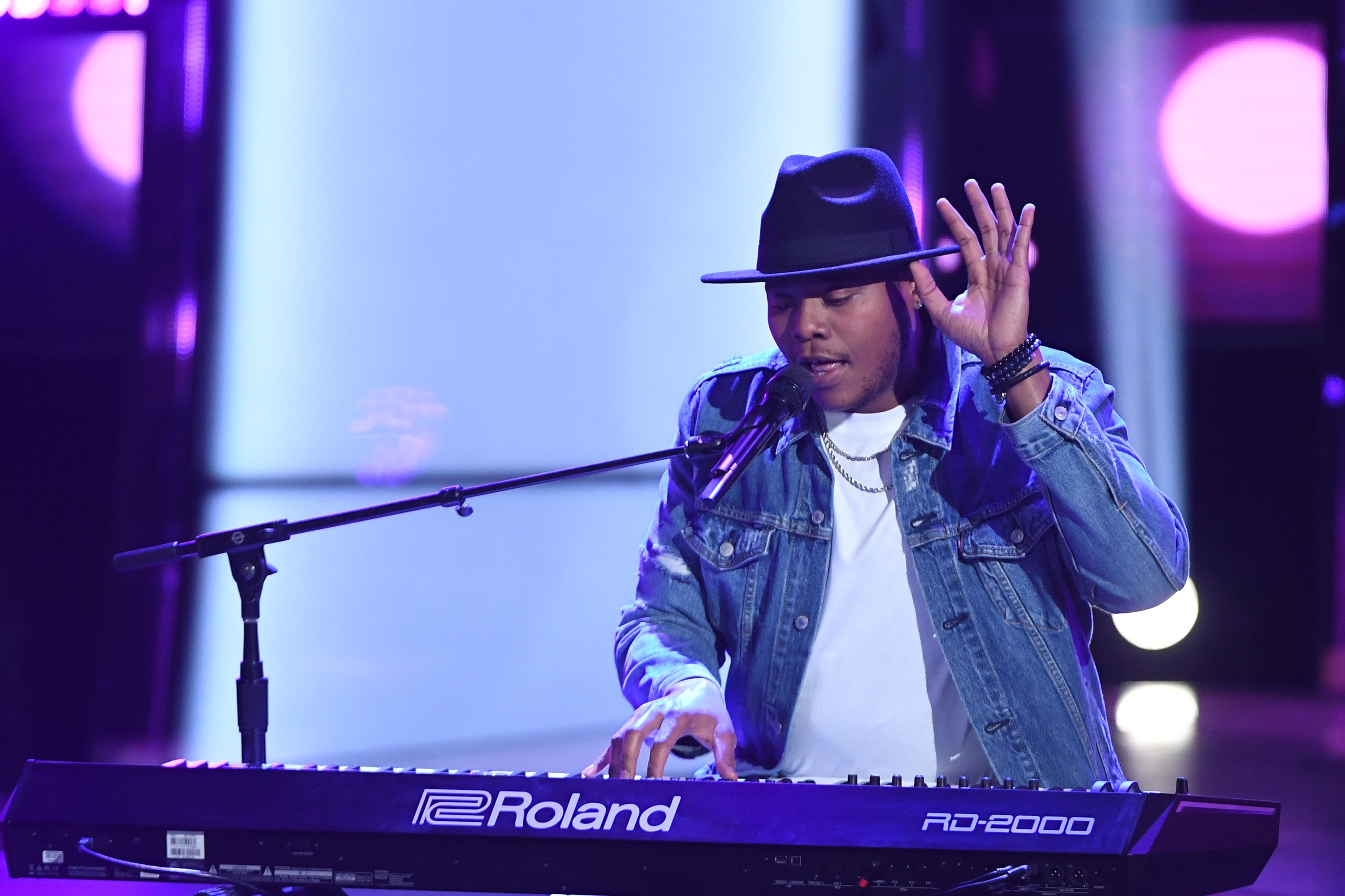 The Voice Recap Mike Jerel Has Coaches Fighting For Him Sounds Like Nashville