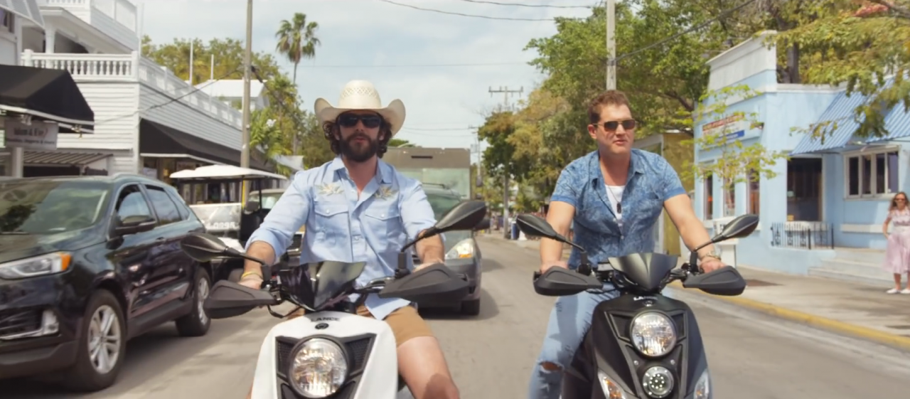 Thomas Rhett and Jon Pardi Find a Ice Cold Solution in 'Beer Can't Fix'