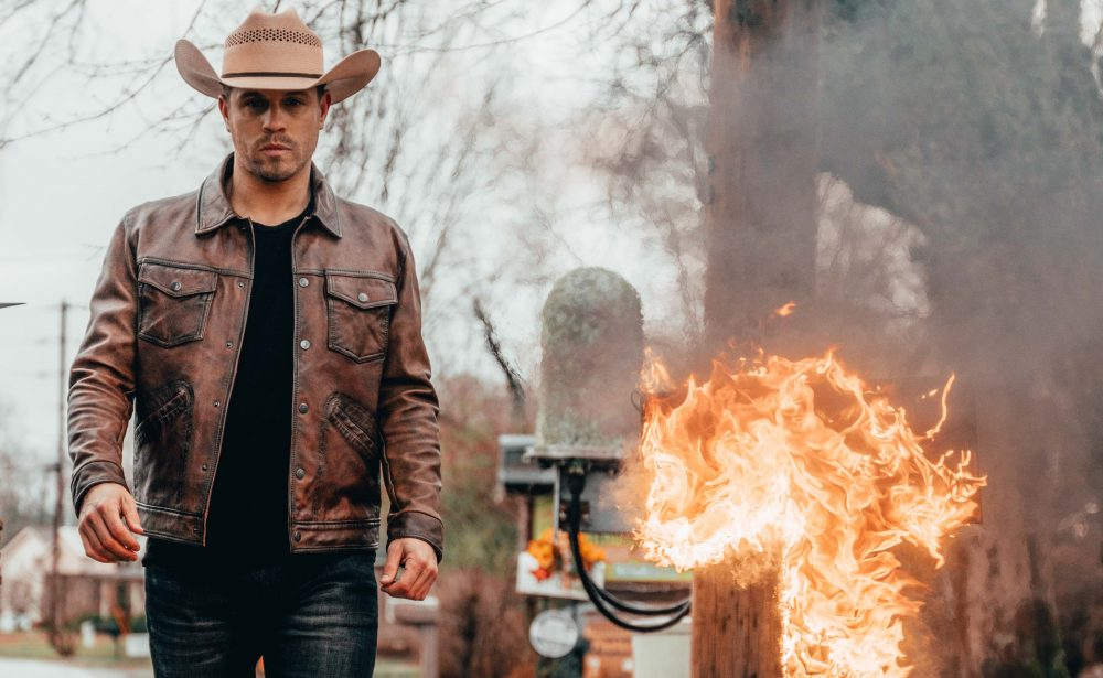 Dustin Lynch Burns the Past in Fiery 'Momma's House' Video
