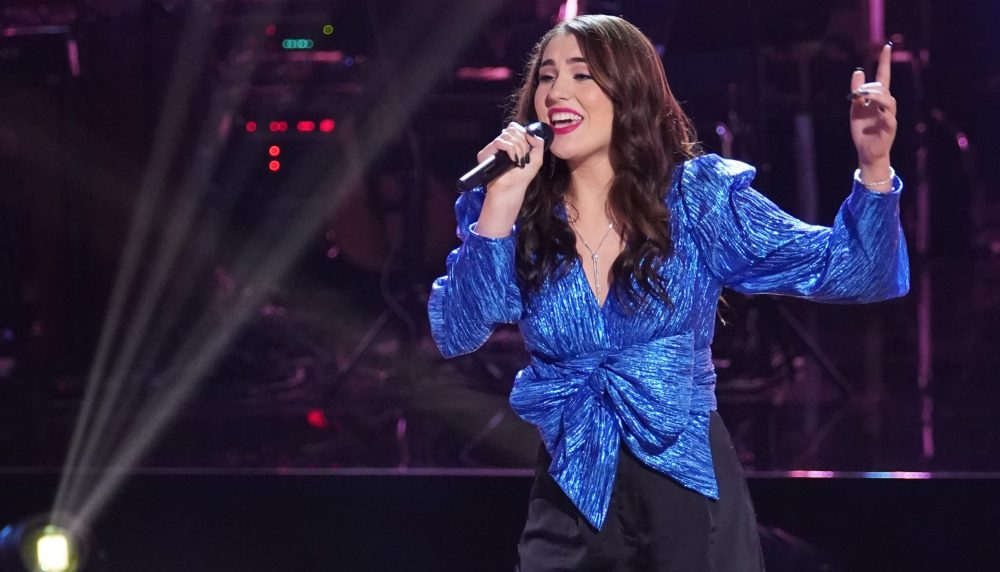 The Voice Recap: Joanna Serenko Sings John Prine's 'Angel From Montgomery'