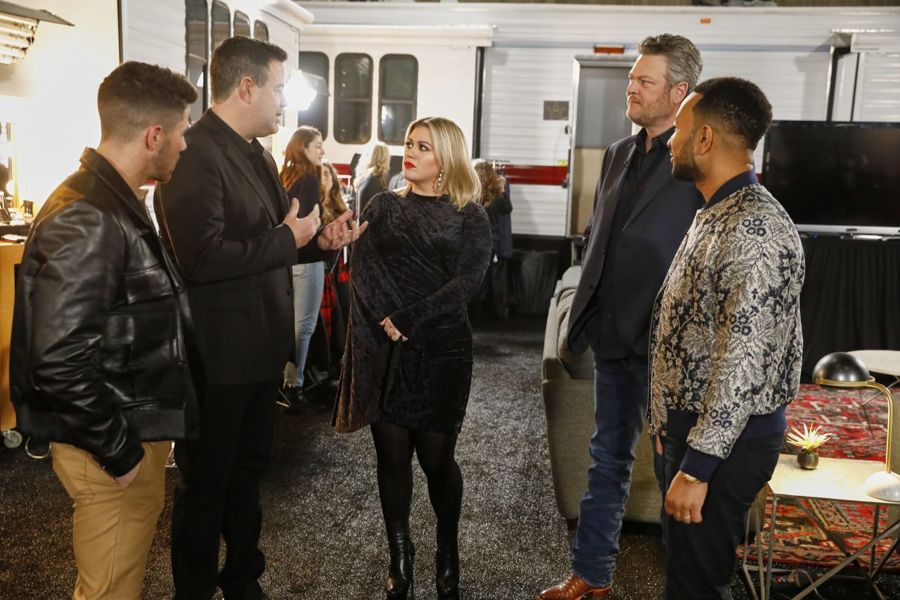 Watch 'The Voice' Coaches Blooper Through Season 18's Battle Rounds