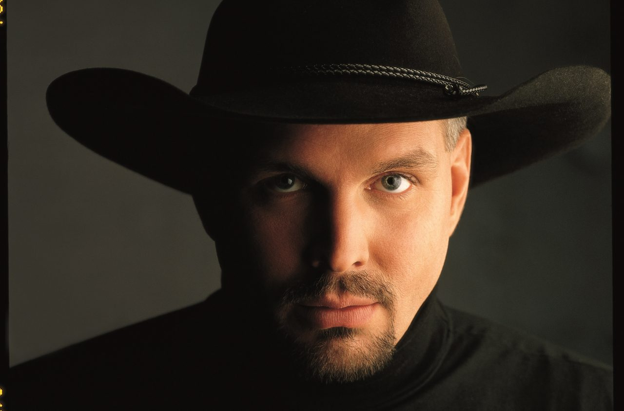 Garth Brooks Collaborates With Amazon Prime and Zynga's For 'Words With Friends 2′