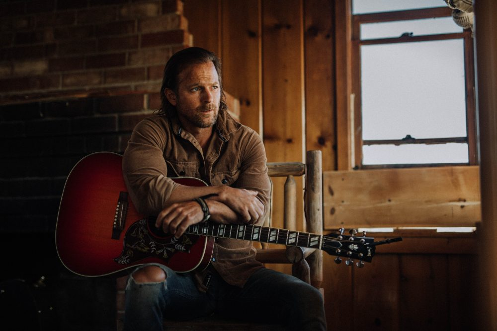 Kip Moore Catches a Romantic Buzz in New Track 'How High'