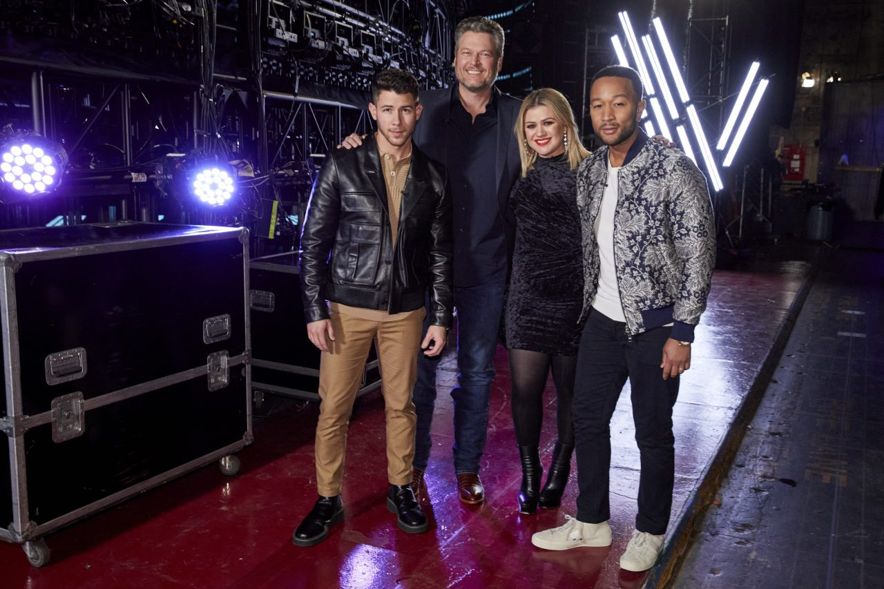 Watch Blake Shelton and 'The Voice' Coaches Go for Gold