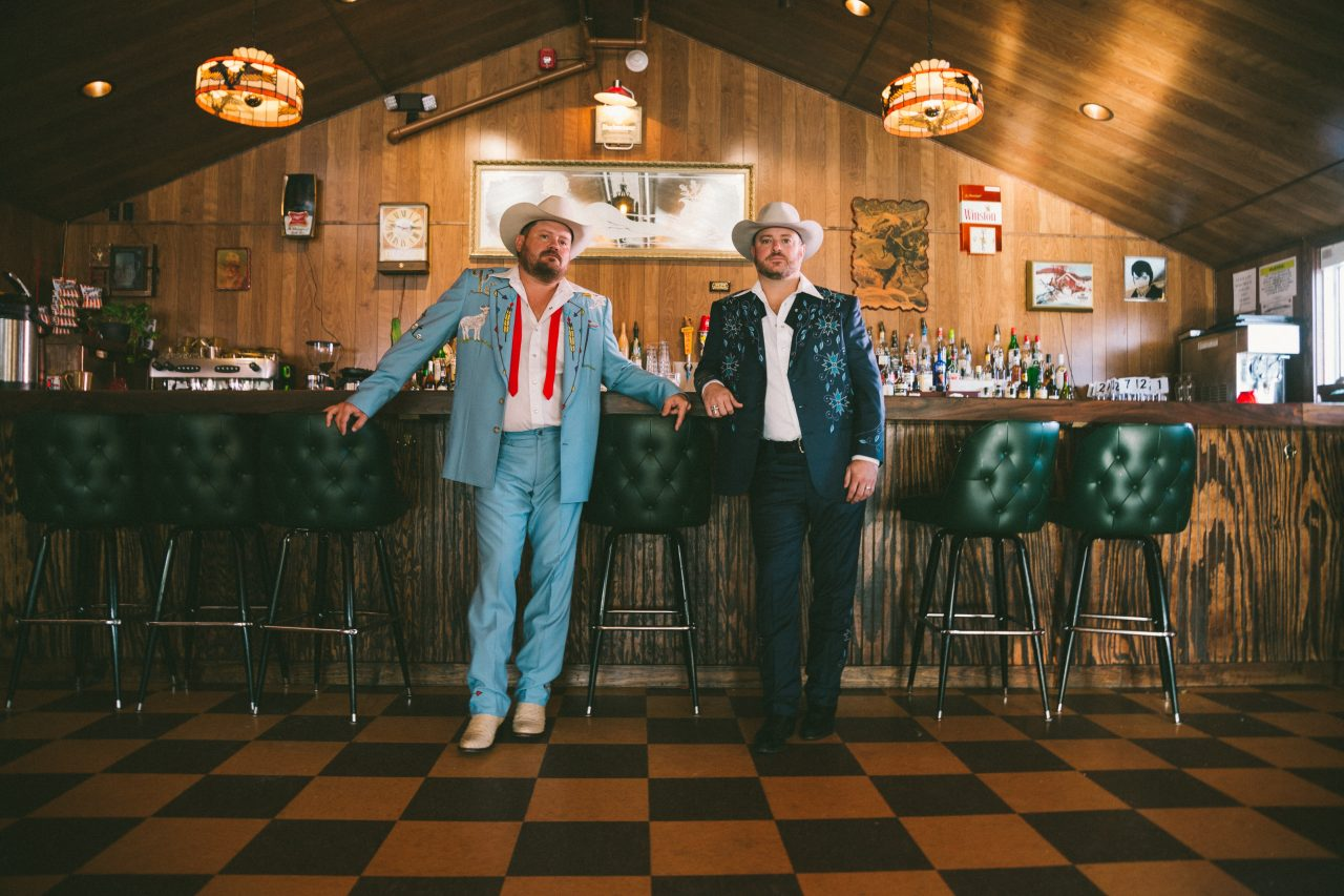 Randy Rogers and Wade Bowen Release 'Hold My Beer, Vol. 2′